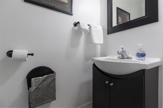 Photo 4: 128 10732 GUILDFORD Drive in Surrey: Guildford Townhouse for sale (North Surrey)  : MLS®# R2405909
