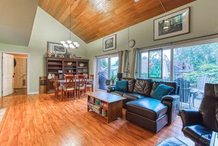 """Photo 4: 14676 55A Avenue in Surrey: Sullivan Station House for sale in """"Panorama East"""" : MLS®# R2408722"""