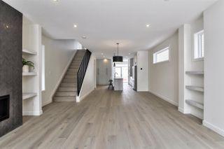 Photo 3: 9136 71 Avenue in Edmonton: Zone 17 House for sale : MLS®# E4192608