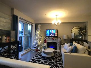 Photo 6: 506 13883 LAUREL Drive in Surrey: Whalley Condo for sale (North Surrey)  : MLS®# R2463277