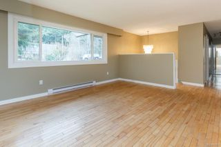Photo 6: 4343 Cedar Hill Rd in : SE Mt Doug Single Family Detached for sale (Saanich East)  : MLS®# 850603