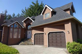 Main Photo: 906 COTTONWOOD Avenue in Coquitlam: Coquitlam West House for sale : MLS®# R2495118