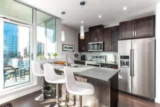 Photo 9: 1001 10238 103 Street in Edmonton: Zone 12 Condo for sale : MLS®# E4216267