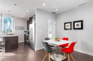 Photo 5: 1001 10238 103 Street in Edmonton: Zone 12 Condo for sale : MLS®# E4216267