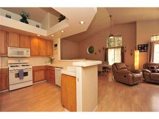 Photo 4: CARMEL MOUNTAIN RANCH Townhome for sale : 2 bedrooms : 11236 Provencal Place in San Diego