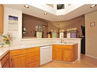 Photo 9: CARMEL MOUNTAIN RANCH Townhome for sale : 2 bedrooms : 11236 Provencal Place in San Diego