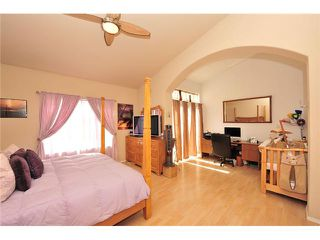 Photo 10: CARMEL MOUNTAIN RANCH Townhome for sale : 2 bedrooms : 11236 Provencal Place in San Diego