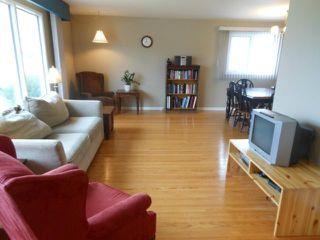 Photo 2: 11 Sage Crescent in WINNIPEG: Westwood / Crestview Residential for sale (West Winnipeg)  : MLS®# 1206199