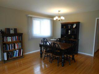 Photo 3: 11 Sage Crescent in WINNIPEG: Westwood / Crestview Residential for sale (West Winnipeg)  : MLS®# 1206199