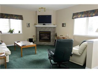 Photo 15: 28 200 SANDSTONE Drive NW in CALGARY: Sandstone Townhouse for sale (Calgary)  : MLS®# C3524111
