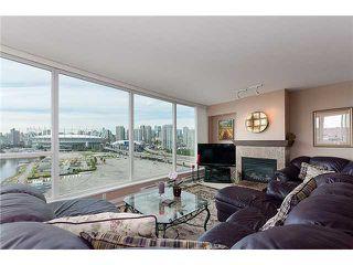 "Photo 4: 1405 120 MILROSS Avenue in Vancouver: Mount Pleasant VE Condo for sale in ""BRIGHTON"" (Vancouver East)  : MLS®# V971476"