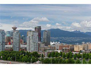 "Photo 3: 1405 120 MILROSS Avenue in Vancouver: Mount Pleasant VE Condo for sale in ""BRIGHTON"" (Vancouver East)  : MLS®# V971476"