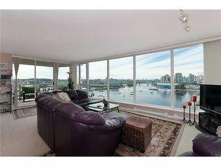 "Photo 5: 1405 120 MILROSS Avenue in Vancouver: Mount Pleasant VE Condo for sale in ""BRIGHTON"" (Vancouver East)  : MLS®# V971476"
