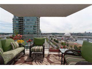 "Photo 10: 1405 120 MILROSS Avenue in Vancouver: Mount Pleasant VE Condo for sale in ""BRIGHTON"" (Vancouver East)  : MLS®# V971476"
