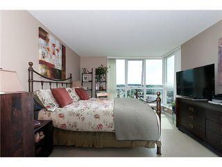 "Photo 8: 1405 120 MILROSS Avenue in Vancouver: Mount Pleasant VE Condo for sale in ""BRIGHTON"" (Vancouver East)  : MLS®# V971476"