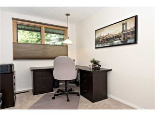 Photo 14: 6520 LARKSPUR Way SW in CALGARY: North Glenmore Residential Detached Single Family for sale (Calgary)  : MLS®# C3623870