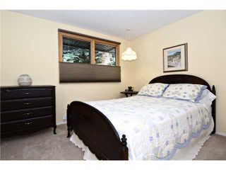 Photo 13: 6520 LARKSPUR Way SW in CALGARY: North Glenmore Residential Detached Single Family for sale (Calgary)  : MLS®# C3623870