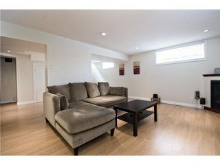 Photo 17: 6520 LARKSPUR Way SW in CALGARY: North Glenmore Residential Detached Single Family for sale (Calgary)  : MLS®# C3623870