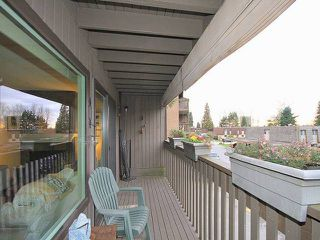 Photo 3: 1031 OLD LILLOOET RD in North Vancouver: Lynnmour Townhouse for sale : MLS®# V1105972