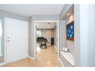 Photo 2: 1622 SALAL CR in Coquitlam: Westwood Plateau House for sale : MLS®# V1111712