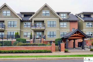 Main Photo: 202 4689 52A STREET in Ladner: Delta Manor Townhouse for sale : MLS®# R2122238