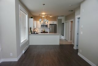 Photo 14: 402 33538 MARSHALL ROAD in Abbotsford: Central Abbotsford Condo for sale : MLS®# R2178045