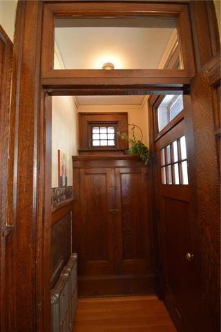Photo 4: 150 Canora Street in Winnipeg: Wolseley Single Family Detached for sale (5B)  : MLS®# 1906813