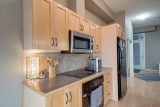 Photo 10: 221 10147 112 Street in Edmonton: Zone 12 Condo for sale : MLS®# E4173090