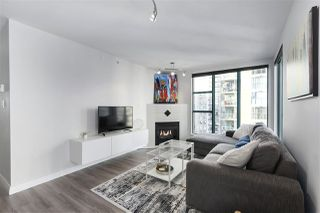 "Photo 5: 1502 939 HOMER Street in Vancouver: Yaletown Condo for sale in ""The Pinnacle"" (Vancouver West)  : MLS®# R2421696"