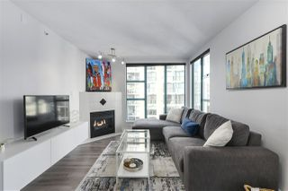 "Photo 6: 1502 939 HOMER Street in Vancouver: Yaletown Condo for sale in ""The Pinnacle"" (Vancouver West)  : MLS®# R2421696"
