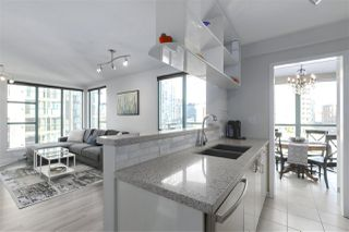 "Photo 1: 1502 939 HOMER Street in Vancouver: Yaletown Condo for sale in ""The Pinnacle"" (Vancouver West)  : MLS®# R2421696"
