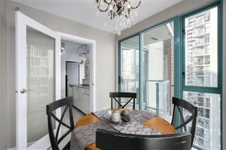 "Photo 10: 1502 939 HOMER Street in Vancouver: Yaletown Condo for sale in ""The Pinnacle"" (Vancouver West)  : MLS®# R2421696"
