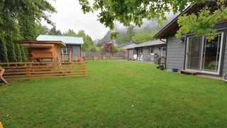 Photo 23: 38335 CHESTNUT Avenue in Squamish: Valleycliffe House for sale : MLS®# R2466332