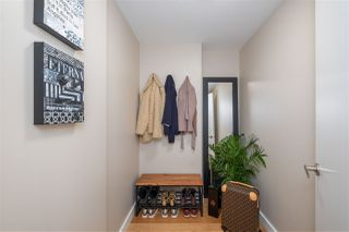 """Photo 14: 2505 1372 SEYMOUR Street in Vancouver: Downtown VW Condo for sale in """"The Mark - Onni"""" (Vancouver West)  : MLS®# R2504998"""
