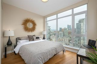 """Photo 10: 2505 1372 SEYMOUR Street in Vancouver: Downtown VW Condo for sale in """"The Mark - Onni"""" (Vancouver West)  : MLS®# R2504998"""