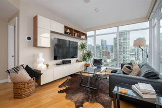 """Photo 9: 2505 1372 SEYMOUR Street in Vancouver: Downtown VW Condo for sale in """"The Mark - Onni"""" (Vancouver West)  : MLS®# R2504998"""
