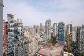 """Photo 18: 2505 1372 SEYMOUR Street in Vancouver: Downtown VW Condo for sale in """"The Mark - Onni"""" (Vancouver West)  : MLS®# R2504998"""