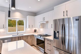 Photo 4: 104 684 Hoylake Ave in : La Thetis Heights Row/Townhouse for sale (Langford)  : MLS®# 855891