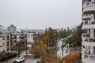 "Photo 12: 409 120 E 4TH Street in North Vancouver: Lower Lonsdale Condo for sale in ""Excelsior House"" : MLS®# R2518930"