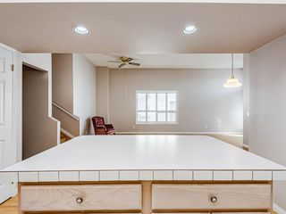 Photo 14: 35 Millbank Hill SW in Calgary: Millrise Semi Detached for sale : MLS®# A1051439