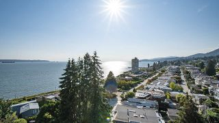 """Photo 23: 903 2289 BELLEVUE Avenue in West Vancouver: Dundarave Condo for sale in """"Bellevue by Cressey"""" : MLS®# R2527495"""