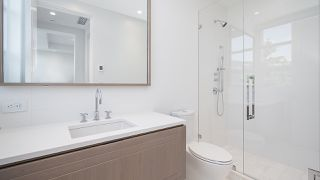 """Photo 15: 903 2289 BELLEVUE Avenue in West Vancouver: Dundarave Condo for sale in """"Bellevue by Cressey"""" : MLS®# R2527495"""
