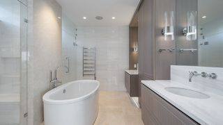 """Photo 12: 903 2289 BELLEVUE Avenue in West Vancouver: Dundarave Condo for sale in """"Bellevue by Cressey"""" : MLS®# R2527495"""