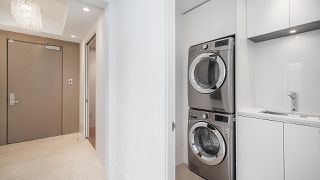 """Photo 17: 903 2289 BELLEVUE Avenue in West Vancouver: Dundarave Condo for sale in """"Bellevue by Cressey"""" : MLS®# R2527495"""