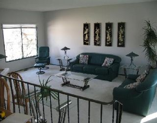 Photo 2: Beautiful 4 Bedroom home on the lake!