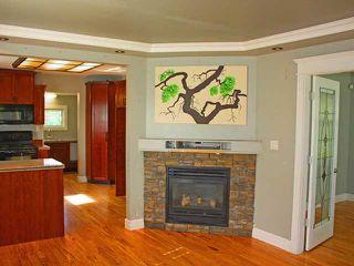 Photo 2: 20631 BATTLE Avenue in Maple Ridge: Southwest Maple Ridge House for sale : MLS®# V949759
