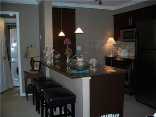 """Photo 4: 2001 84 GRANT Street in Port Moody: Port Moody Centre Condo for sale in """"THE LIGHTHOUSE AT ROCKY POINT"""" : MLS®# V973628"""