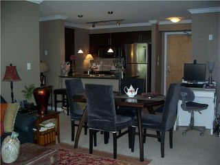 "Photo 5: 2001 84 GRANT Street in Port Moody: Port Moody Centre Condo for sale in ""THE LIGHTHOUSE AT ROCKY POINT"" : MLS®# V973628"