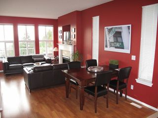 Photo 3: 62 35287 OLD YALE Road in Abbotsford: Abbotsford East Condo for sale : MLS®# F1228369