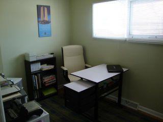 Photo 14: 217 Doran Bay in WINNIPEG: Westwood / Crestview Residential for sale (West Winnipeg)  : MLS®# 1303708